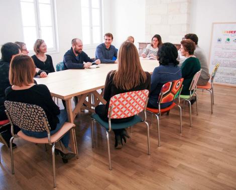 salle de reunion le patchwork a bourg coworking teletravail